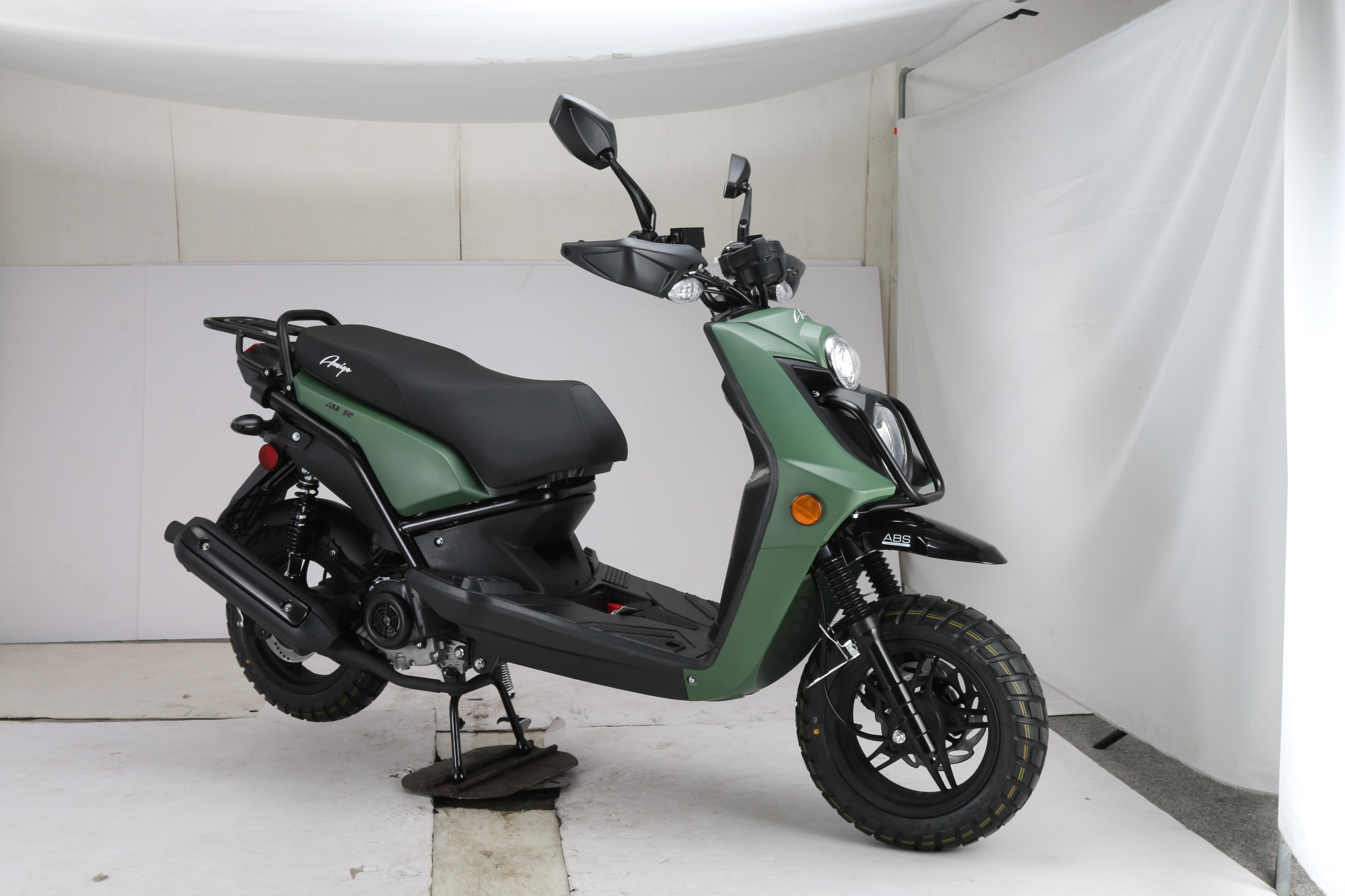 jax-matte-green-1